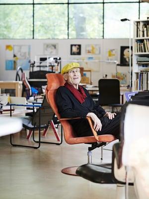 Yrjö Kukkapuro suunnitteli erikoisen ateljeekodin aikoinaan yhdessä Eero Paloheimon kanssa.