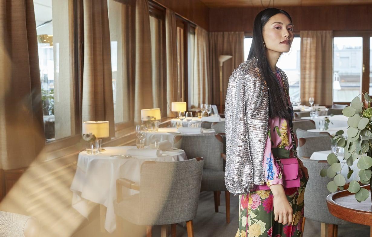 Upeasti entiseen loistoonsa palautettu Savoy on nähty tänä keväänä myös Glorian muotijutun miljöönä. Kuva: Päivi Ristell