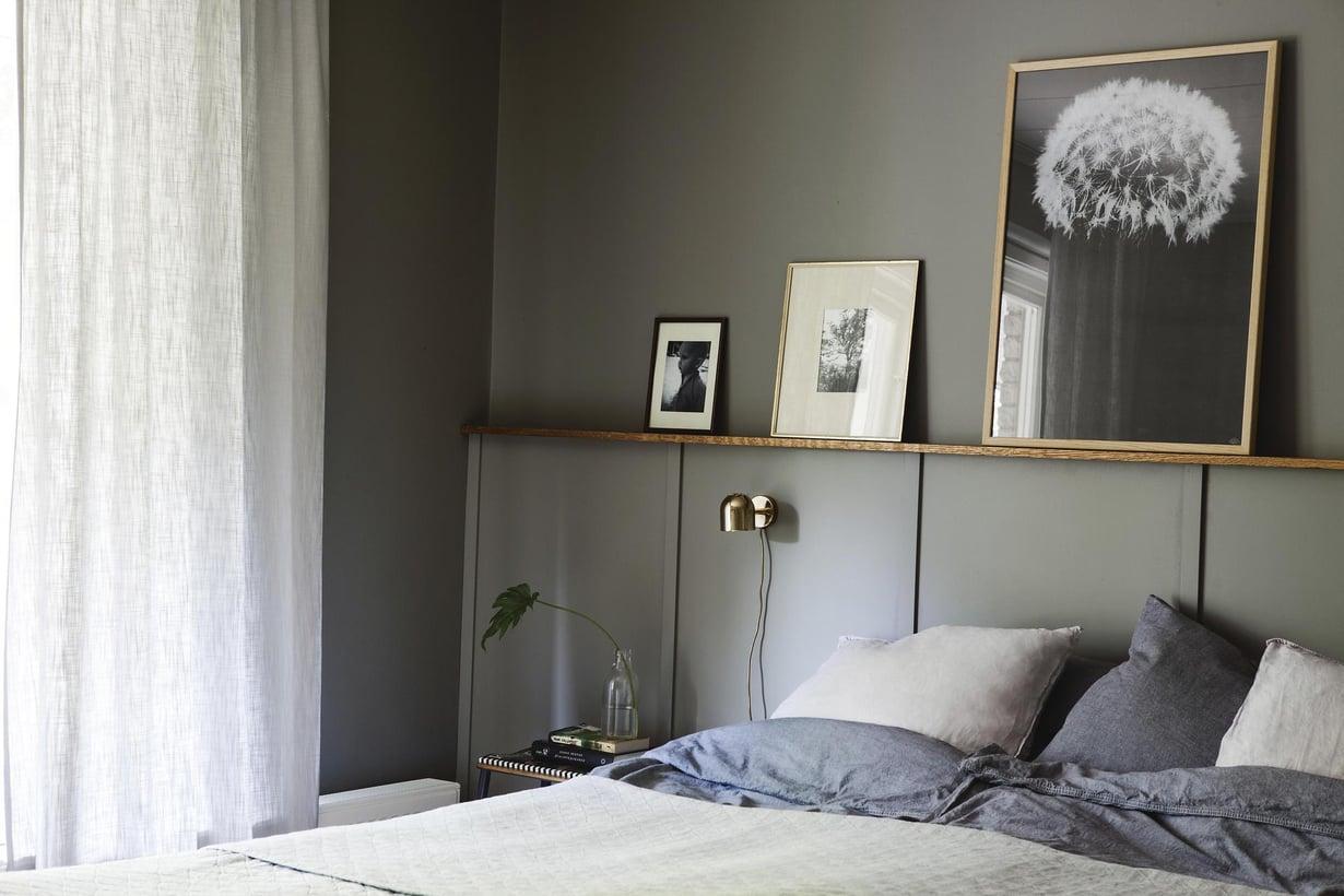 Listoilla saa helposti persoonallisen ilmeen huoneeseen. Makuuhuoneen sängynpääty on tehty kinnittämällä noin  120-senttisiä pystylistoja noin  60 sentin välein. Niiden päälle on asennettu taululista.