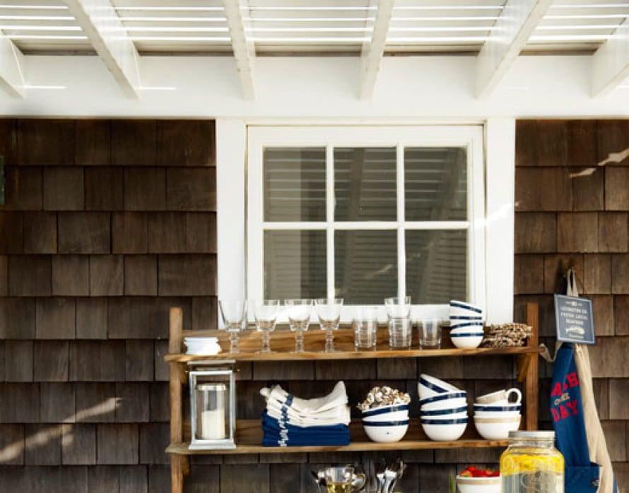 <p><p>Farkunsiniset astiat saavat aikaan reippaan fiiliksen mökillä ja kesäkeittiössä. Kuva: Lexington</p></p>