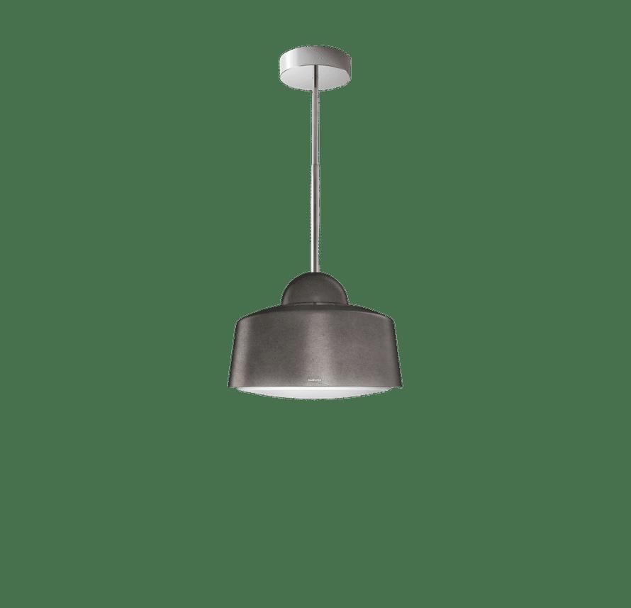 Savon Loiste-liesituuletin on myös valaisin ja sopii tyyliltään moderniin tai perinteiseen keittiöön, 2 064 e, Ø 50 cm, savo.fi.