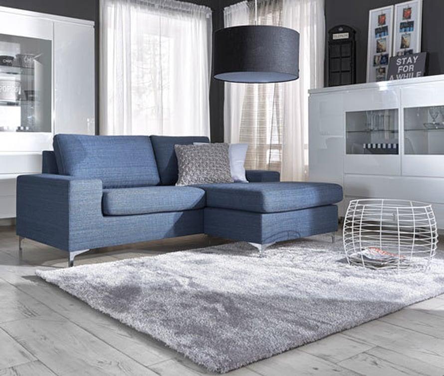 <p><p>Uskaltaisitko valita sinisen sohvan? Divaani S -sohva farkunsinisellä West-kankaalla 995 e, Asko.</p></p>