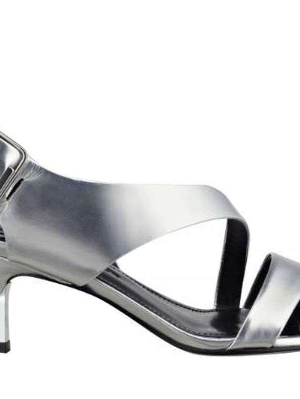 Sigerson Morrisonin kitten heel -sandalettia löytyy myös mustana 315 e, Mi-No Shop