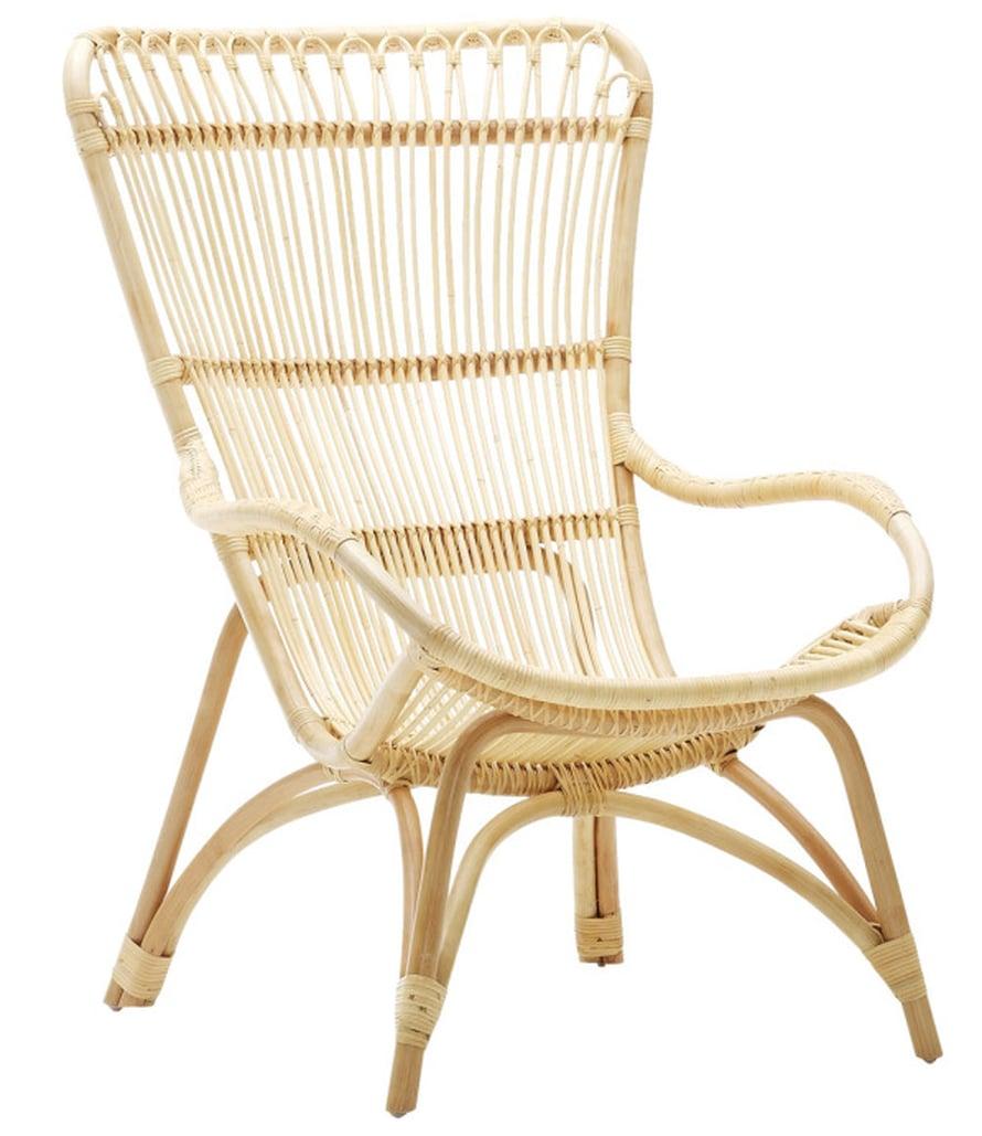 """Nojatuolimainen Monet-tuoli on tanskalaista suunnittelua, 339 e, <a href=""""http://www.parolanrottinki.fi/"""">Parolan rottinki</a>."""