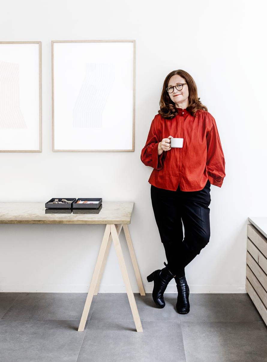 Katja Hagelstam on paitsi Lokalin perustaja myös valokuvaaja, kuraattori ja galleristi.
