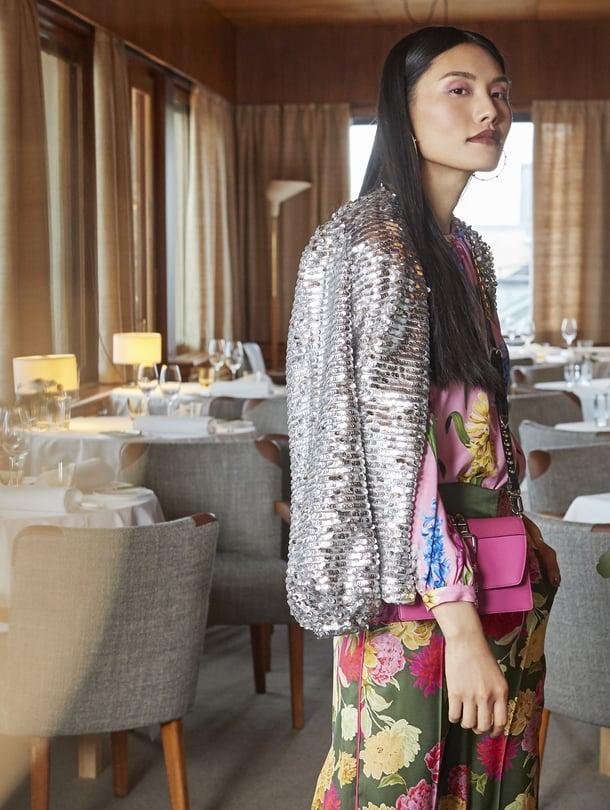 """Upeasti entiseen loistoonsa palautettu Savoy on nähty tänä keväänä myös Glorian muotijutun miljöönä. Kuva: <span class=""""photographer"""">Päivi Ristell</span>"""